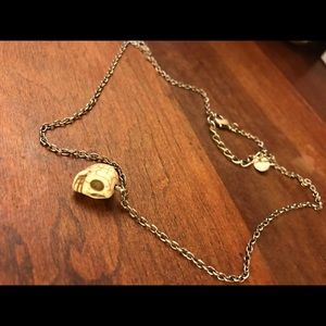 Skull bead necklace